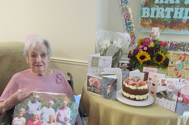 betty-green-celebrating101